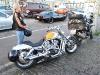 saubere Harley und schmutzige Bandit