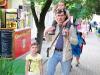 Nikolay mit seinen Kindern