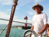 auf einem Segelboot im Hafen von Sochi